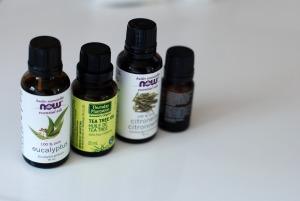 Essential oils - essential-768949_1920 - pixabay